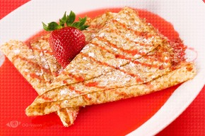 Crêpes with Strawberry Syrup