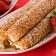 Crêpe Rolls with Whipped Cream