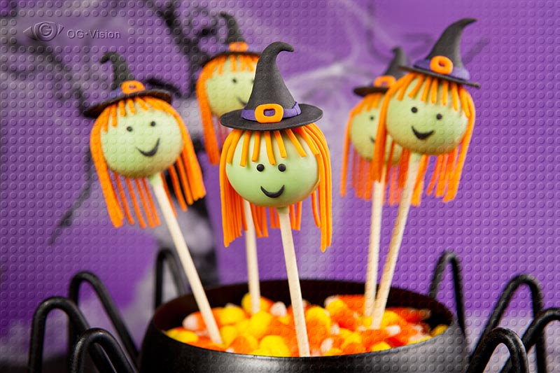Halloween Witches Cake Pops